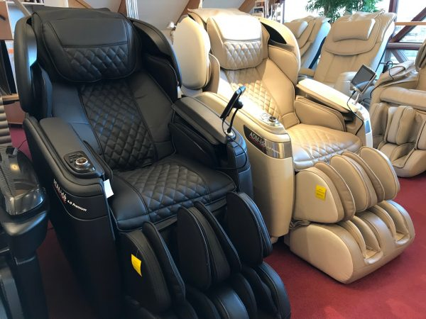 4-D Premium S - Svart & Creme - Massagestolar av högsta kvalité.